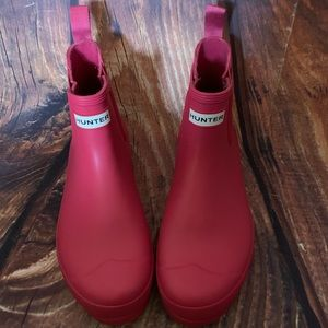 Hunter Chelsea Short Boots Pink!
